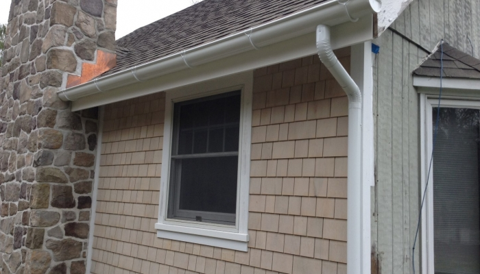 Half Round Gutter Installations In Monroe Ny L I K Seamless Gutters